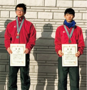 昨年の全国高等学校スケート競技選手権大会5000mではライバルの高見澤光希さんと共に表彰台に登りました