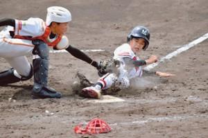 9対0で快勝し全国出場を決めた長野県学童軟式野球選手権大会の決勝戦