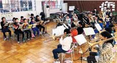 演奏はもちろん、歌とダンスでも楽しませてくれる金管バンドクラブです